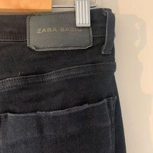 Zara Jeans - 🖤 Zara High Waisted Black Denim 🖤